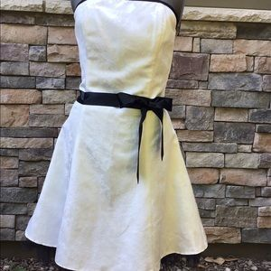 Jessica McClintock size 11 white/black prom dress